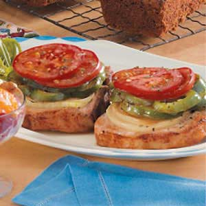 Pork Chops with Tomatoes and Peppers Recipe