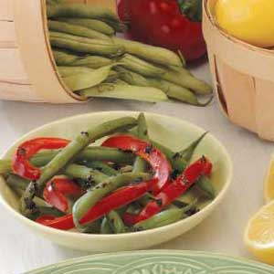 Green Beans with Red Peppers Recipe