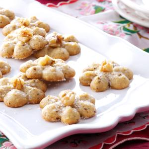 Maple-Walnut Spritz Cookies Recipe