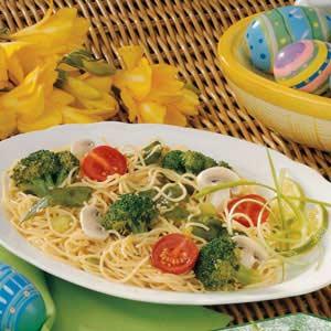 Tomato-Sesame Pasta Toss Recipe