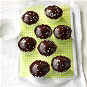 Chocolate-Glazed Cupcakes Recipe