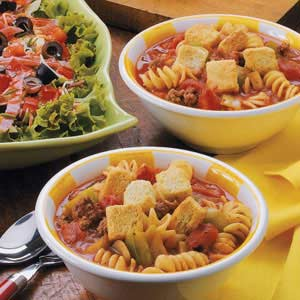 Beefy Tomato Pasta Soup Recipe