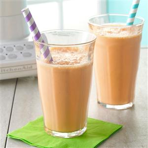 Strawberry-Carrot Smoothies Recipe