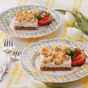 Strawberry Yogurt Crunch Recipe