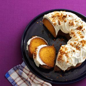 Gingersnap Pumpkin Cake Recipe