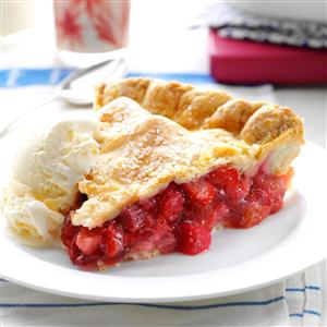 Winning Rhubarb-Strawberry Pie Recipe