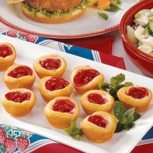 Easy Crescent Roll Cherry Tarts Recipe