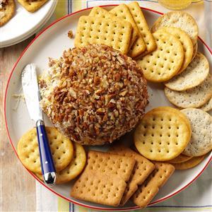 Sweet & Savory Pineapple Cheese Ball Recipe