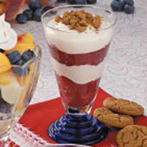 Rhubarb Gingersnap Parfaits Recipe