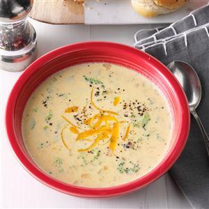 Slow Cooker Cheesy Broccoli Soup Recipe