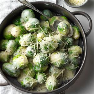 Brussels Sprouts in Rosemary Cream Sauce Recipe
