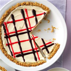 Red, White and Blueberry Ice Cream Pie with Granola Crust Recipe