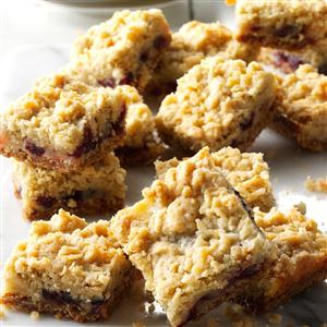 Sour Cream & Cranberry Bars Recipe