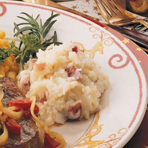 Rich and Creamy Mashed Potatoes Recipe