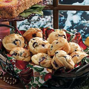 Blueberry Cream-Filled Muffins Recipe