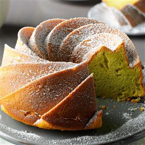 Easy Pistachio Bundt Cake Recipe