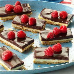 Berry & Ganache Cheesecake Bars Recipe