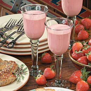 Creamy Strawberry Breeze Recipe