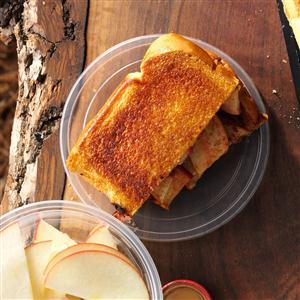 Apple-Cinnamon Pudgy Pie Recipe