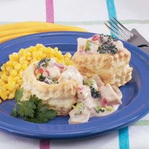 Creamed Chicken in Patty Shells Recipe