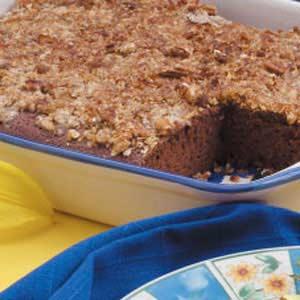 Crunchy Topped Chocolate Cake Recipe