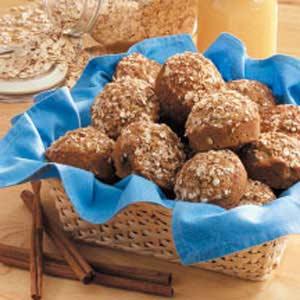 Applesauce Cinnamon Oat Muffins Recipe