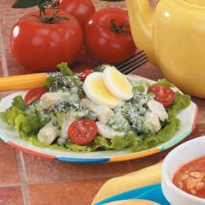 This 'n' That Salad Recipe