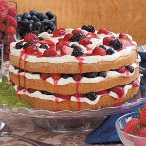 Berry Tiramisu Cake Recipe