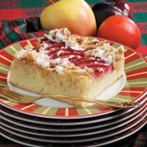 Apple Plum Streusel Dessert Recipe Taste Of Home