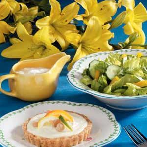 Creamy Blue Cheese Salad Dressing Recipe