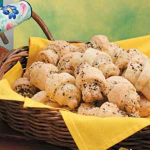 Basil Garlic Crescents Recipe