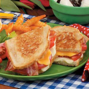Bacon-Topped Grilled Cheese Recipe