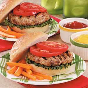 Garlic-Onion Turkey Burgers