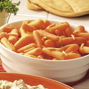 Baby Carrots with Almonds Recipe