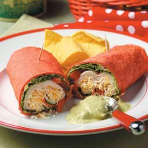 Guacamole Chicken Roll-Ups Recipe