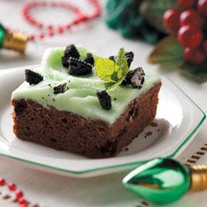 Mint Cookies 'n' Cream Brownies Recipe