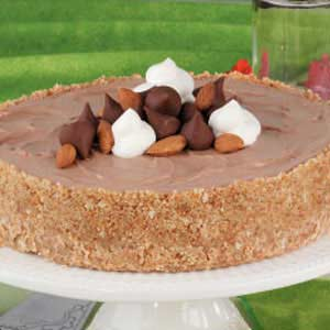 Chocolaty Almond Cheesecake Recipe