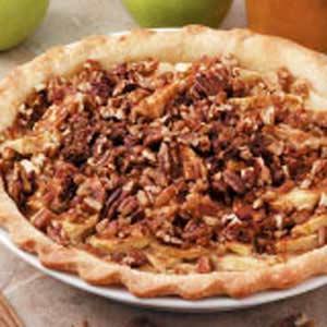 Nutty Sour Cream Apple Pie Recipe