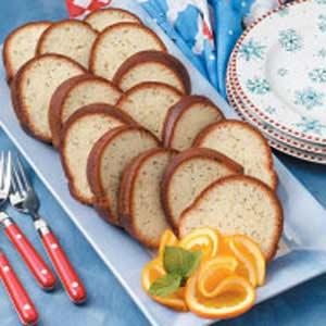 Contest-Winning Poppy Seed Bundt Cake Recipe