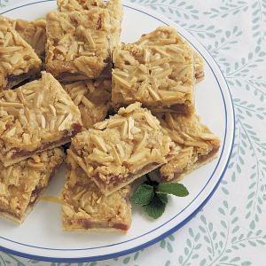 Almond Rhubarb Pastry Recipe
