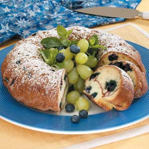 Cinnamon Blueberry Coffee Cake