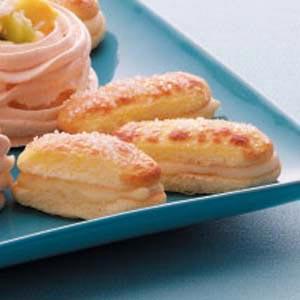 Ladyfinger Cream Sandwiches Recipe