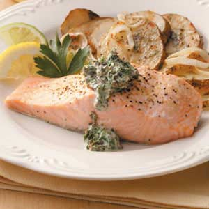 Salmon with Spinach Sauce Recipe