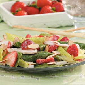 Chicken Strawberry Spinach Salad Recipe
