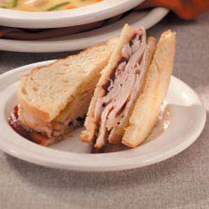 Turkey 'n' Swiss Sandwiches Recipe