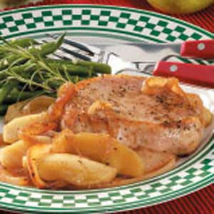 Apples 'n' Onion Topped Chops Recipe
