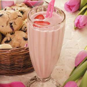 Fruity Strawberry Shake Recipe