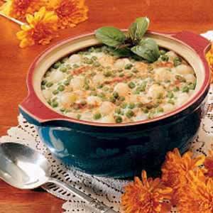 Scalloped Onions and Peas Recipe
