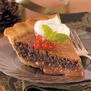 Decadent Caramel Pecan Pie Recipe