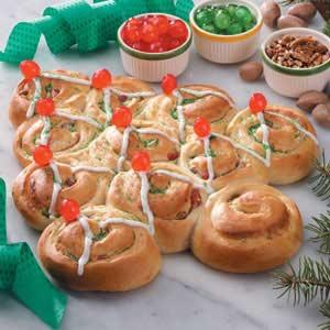 Christmas Tree Sweet Rolls Recipe